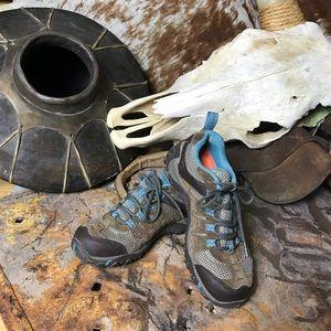 Merrell Hiking Shoes Size 6 Women's